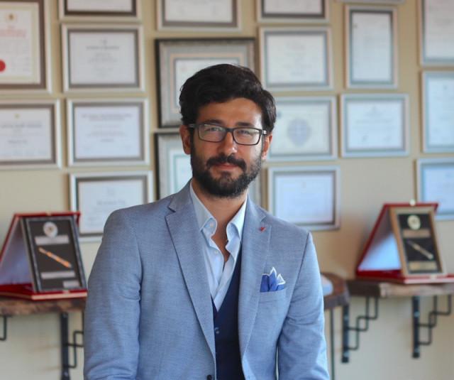 Doç. Dr. Süleyman Taş